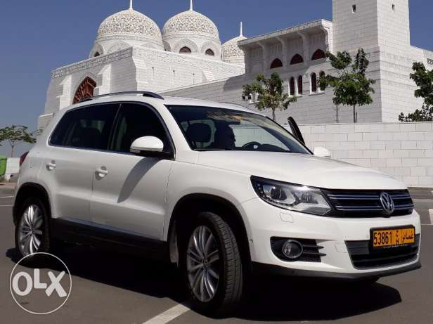 Saloon maintained VW Tiguan 2012