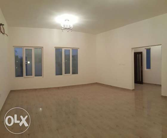 KA 015 Part of twin villa 5 BHK in south mawaleh for rent مسقط -  4