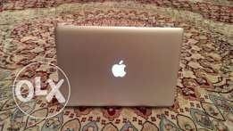 Macbook pro i5 2.3ghz 4gb DDR3 Ram and 320gb harddisk drive! Expat