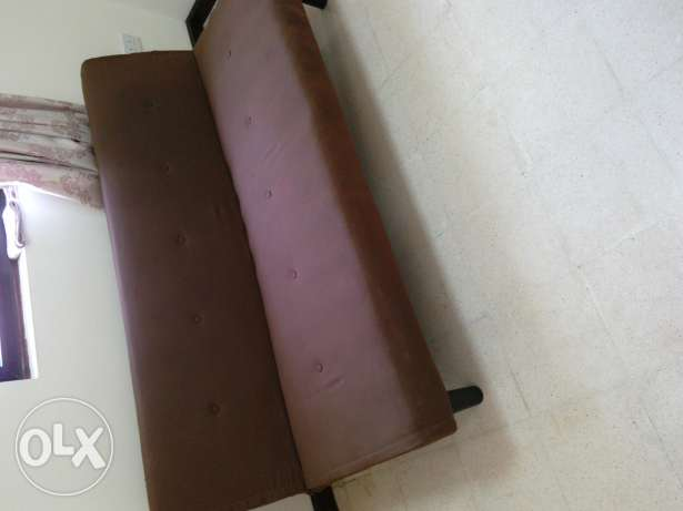 Brown Sofabed 30 Omr for sale مسقط -  1