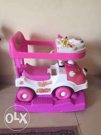 kids car from babyshop three in one روي -  1