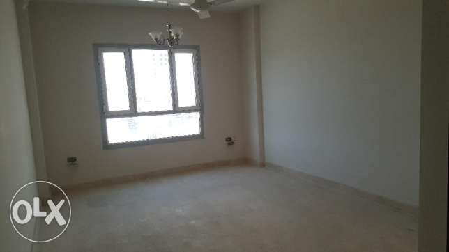 Brand New 2BHK Commercial Flat in Bausher مسقط -  4