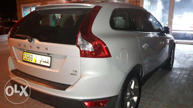 Volvo xc 60 . Super clean condition مسقط -  1