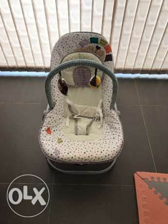 Mamas Papas Baby Seat and Rocker