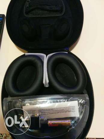 Bose headphone for sale very good deal مسقط -  3
