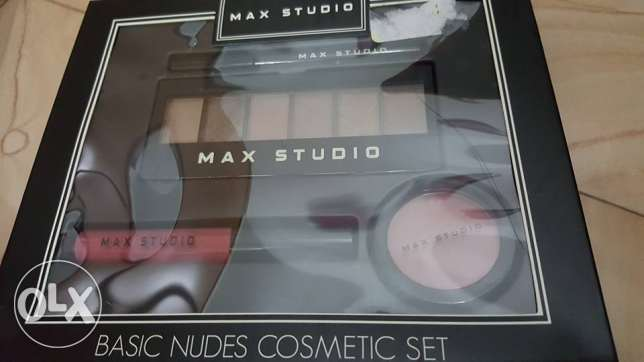 max studio make up set مسقط -  4
