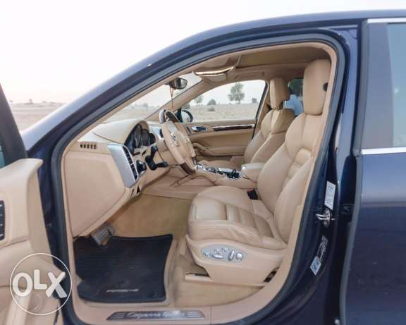 Porsche Cayenne Turbo, 2011 Model, Very good Condition. مسقط -  5