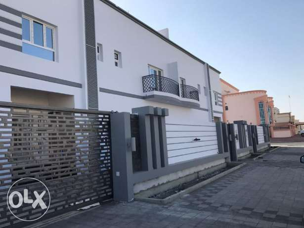 KP 865 Brand new twin villa 6 BHK in khod 6 for Rent/Sale