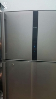 670 litre Hitachi fridge.used,6 months only