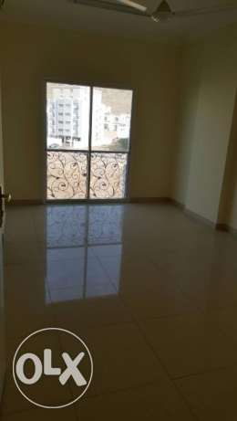 w1 flat for rent in al khouweir 42 2bhk بوشر -  4