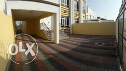 KK 418 Villa 5 + 1 BHK in Sur Alhadid Seeb for Rent