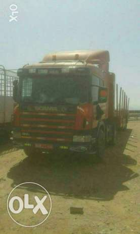 For rant prime mover and 40ft trilar with all greell very low priss so pless call me