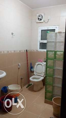 Room with attached bathroom &separate Kitchen for rent in Villa-Azaiba مسقط -  3