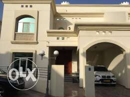 nice villa for rent in bosher almona inside complex just for 1100