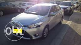Great condition 2015 Toyota Yaris Silver color