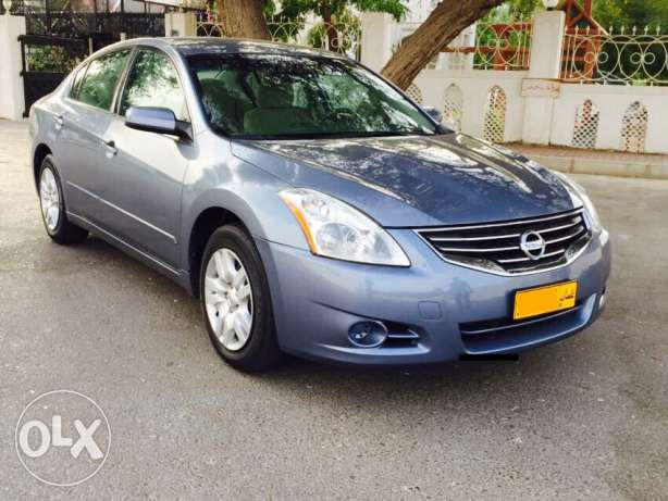 Nissan Altima 2012,2.5 S for sale,agency oman,expat used agency servic