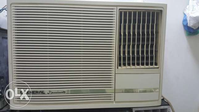 Genral ac window type 2 ton is very good condition