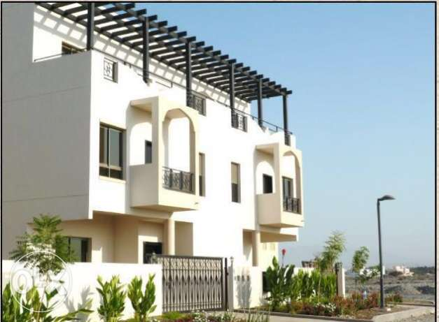 new villa for rent in villa for rent in compound in alkhod