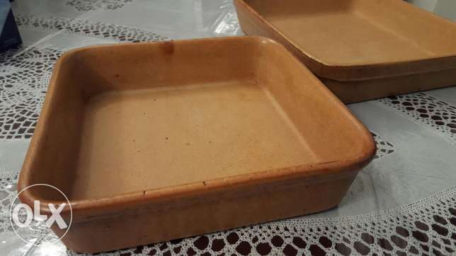 2 Oven cooking potteries