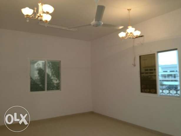 Family rooms for rent in azaiba back side of al meera مسقط -  2