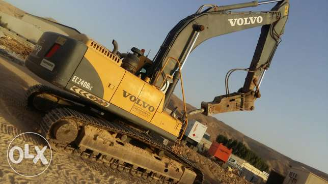 exavater volvo 240 blc good condition 2012 model
