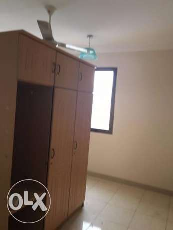 3 BHK for rent in alkhawir 17/1 3 bedrooms Hall Big kitche مسقط -  5