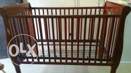 Baby cot for sale and iron stand for 1rial