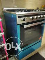 Cooking Range in very good condition in good price.
