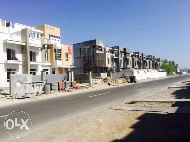 Zia Al khoud 5BR Private vilas for sale مسقط -  2
