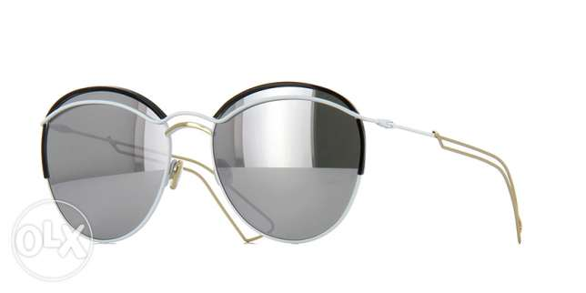 Brand New Dior Sunglasses with silver mirrored lens نظارة شمسية ديور مسقط -  1