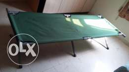 Well Maintained foldable cot for urgent sale