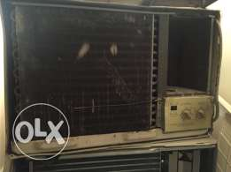 two air air-conditioner for sale مكيفان للبيع