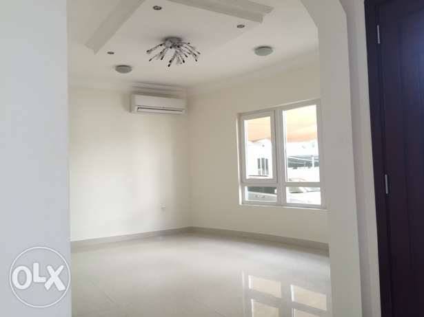 Villa for rent in ahail janubiya next to chueifat school