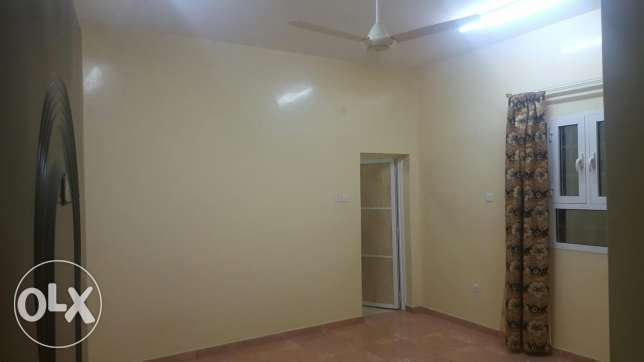 Big apartment in Mabella South near Nesto Mall السيب -  4