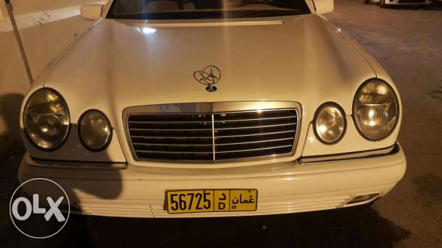 Mercedes-Benz. E320 for sale or exchange very good condition