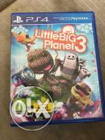 plays station 4 video game / little big planet PS4