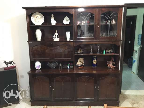 large side cabinet (without decorative items)