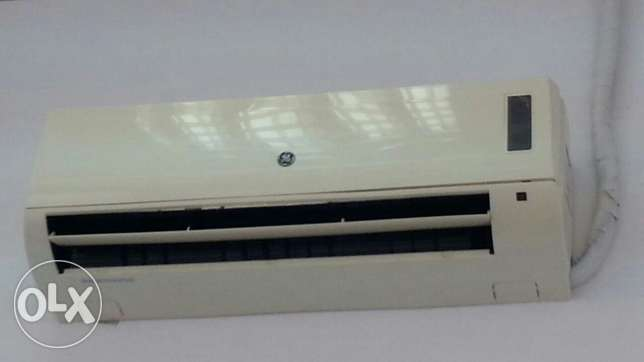 Split ACs 2 nos. Immediate sale مسقط -  2