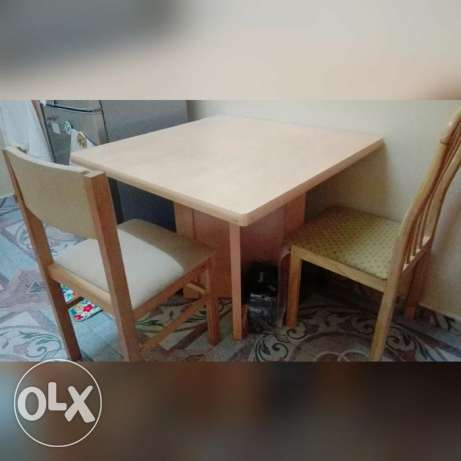 Dining table with two chairs for only 15or الرستاق -  1