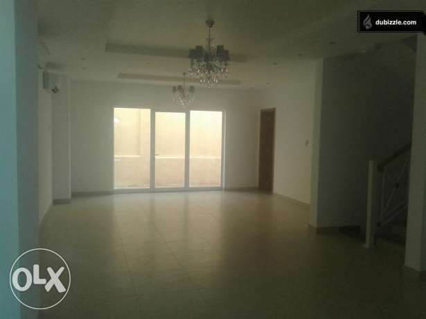 Brand new Villa for rent Bawsher(RF 42) بوشر -  2