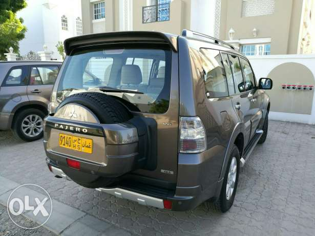 Pajero 2013. Perfectly Maintained. Fulluy Loaded. مسقط -  3