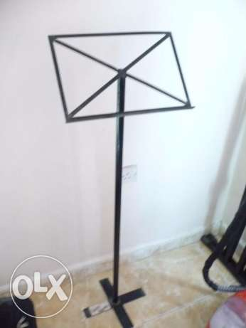 Paper Stand for Singers/Musicians - Very Strong for sale مسقط -  1