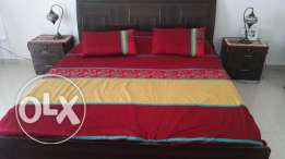 bed king size with two nightstands