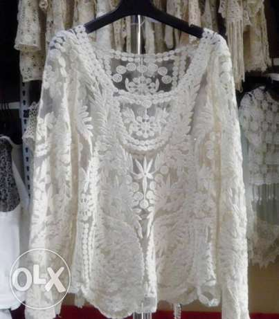 beautiful brand new lace top for sale
