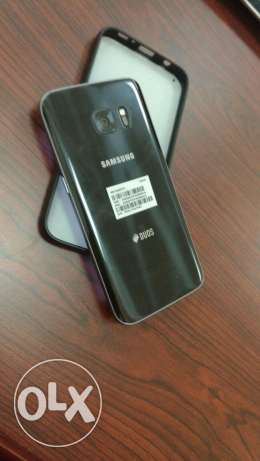 S7 for urgent sale. Just few weeks used With Samsung warranty