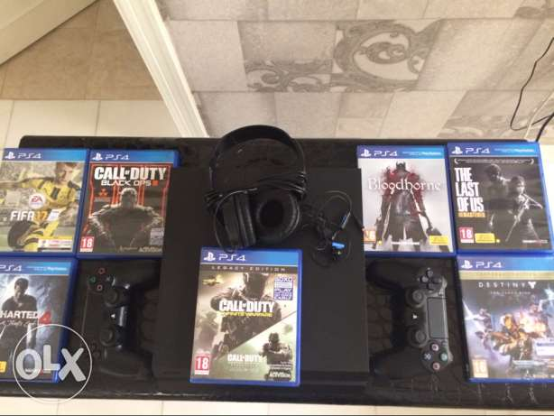 PS4 Barely Used مسقط -  1