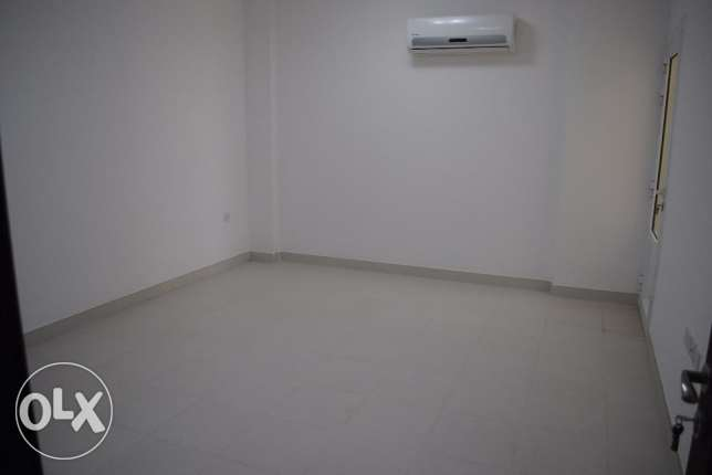 Excellent Quality 2 Bedroom Flat - Mabellah South مسقط -  4