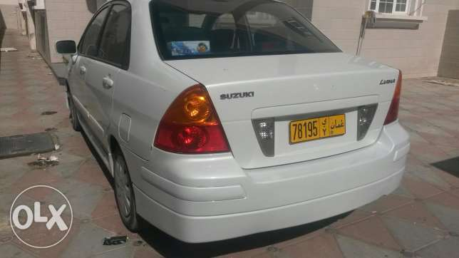 Suzuki car for urgent sale مسقط -  2