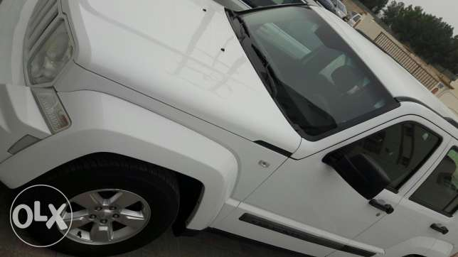 Under warranty cherokey 2012 .done 66000. مسقط -  2