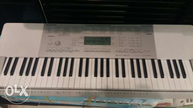 Casio lk280 new Keyboard صلالة -  1